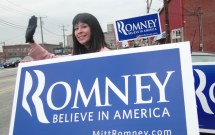 South Shore Volunteers Campaign for Romney in N.H.